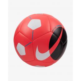 كرة قدم من نايك