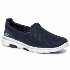 حذاء مشي نسائي من سكتشرز