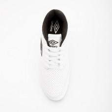 حذاء كرة القدم من أمبرو