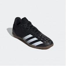 حذاء كرة قدم من اديداس